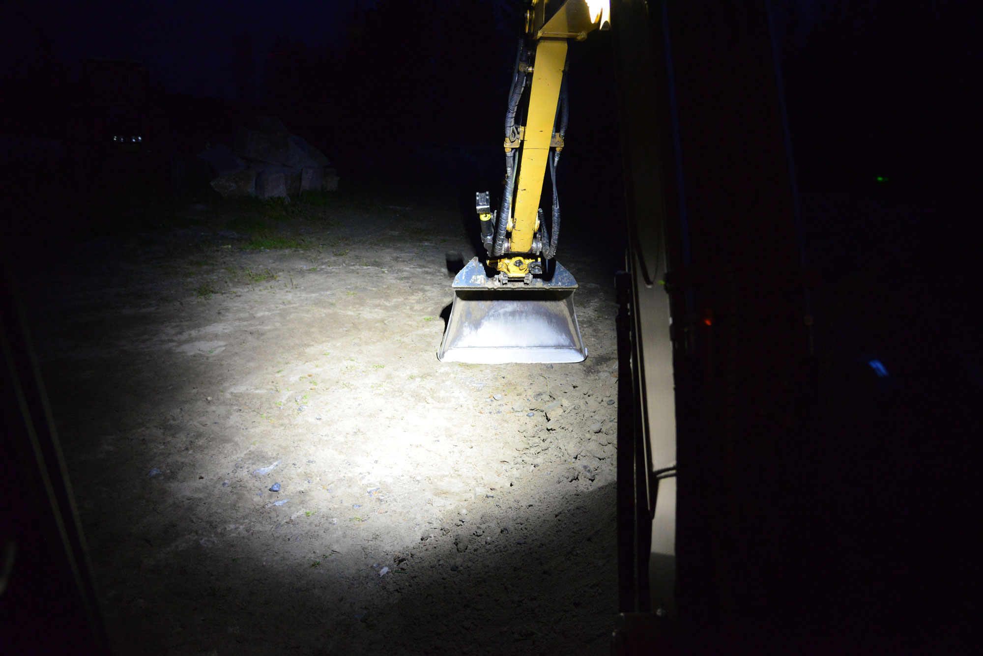 Excavator boom equipped with Nordic Lights LED Lights